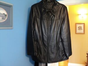 FOR SALE - Ladies Lambskin Leather Jacket