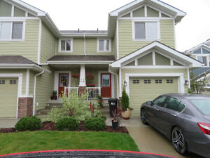 Exceptional Luxury Townhouse Condo - Great Value!