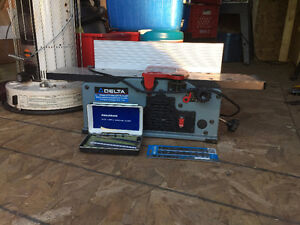 Delta 6 1/8 variable speed bench jointer/planer!