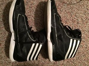 Adidas Crazy Light 9/10 condition worn twice 80$ OBO Edmonton Edmonton Area image 2