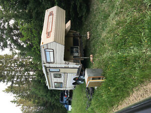 1989 20ft camper, new flooring and roof,