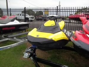 2017 Sea-Doo SPARK 3-up Rotax 900 HO ACE IBR  CONV