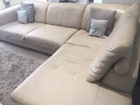 DFS leather corner sofa//////£225.00 ono