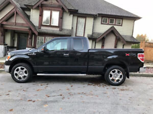 2012 Ford F-150 Excellent condition Low KM
