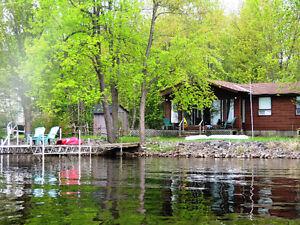 Waterfront - Mississippi Lake 3 Bedroom 4 Season Cottage