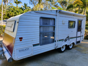 Scenic Galaxy 18' Air cond, awning, Shower/toilet ( not jayco )
