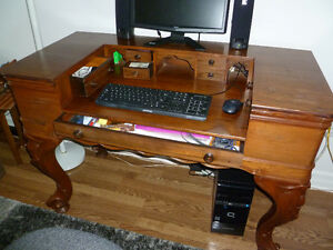 ANTIQUE DESK Windsor Region Ontario image 5