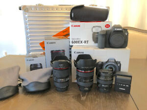 Canon 6D DSLR body + lens + flash mint condition