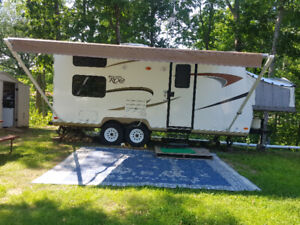 Roulotte 2011 Rockwood Roo 21BH