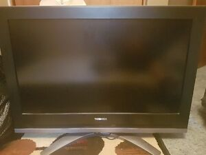 "Toshiba 32"" TV for sale"