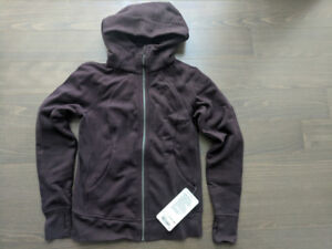 Lululemon scuba hoodie - new with tag (size 6)