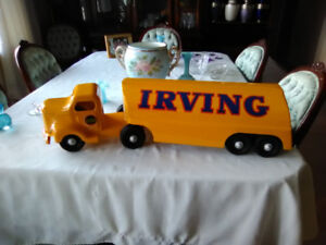 1950s MINNITOY (Otaco) Irving Oil Tanker Truck ''MINT'' RESTORED