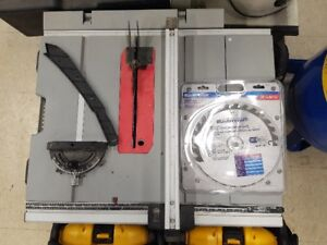 """Mastercraft 10"""" Compact Table Saw  w/ 2 Blades"""