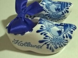 Vintage Dutch Delft Blue Wooden Shoes Clogs Holland