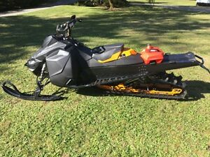 2913 Ski doo summit 800 xm
