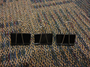 Lot of 15 assorted size binder clips London Ontario image 2