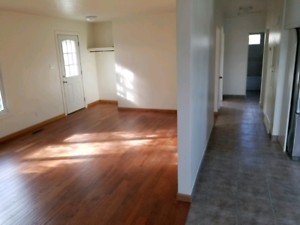 RENT-TO-OWN House - 128 Ave + 88 St