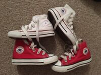 x2 infant converse trainers