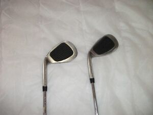 2 SPIN DOCTOR WEDGES-STEEL SHAFT( 52% AND 60%)
