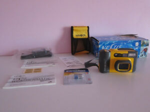 Minolta Vectis Weathermatic Zoom; Underwater APS Film Camera