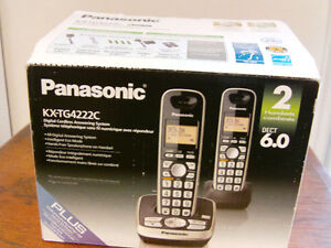 PANASONIC - 2 Handsets Digital Cordless Answering System