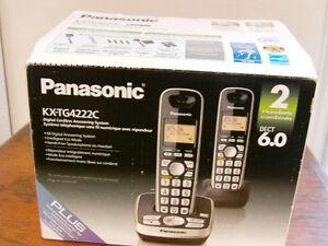 PANASONIC - 2 Handsets Digital Cordless Answering System