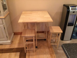 Natural breakfast bar with two stools