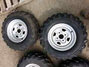 25x10x12 25x8x12 Dunlop atv tires & rims 10kms