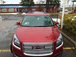 2014 GMC Acadia in excellent condition