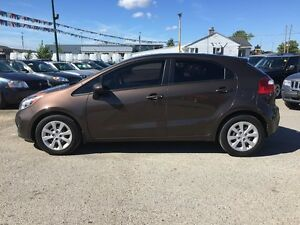 2013 KIA RIO LX * BLUETOOTH * LOW KM * LIKE NEW London Ontario image 3