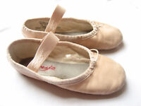 Capezio leather ballet shoes 11c for toddler girl