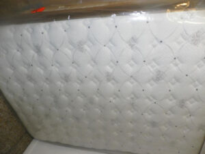 Matelas double 140$/ queen160$/king399$ taxes incluses