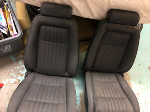 92/93 mustang black tweed front and rear seats