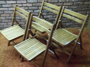 SET OF 4 VINTAGE WOODEN FOLDING CHAIRS $40.00