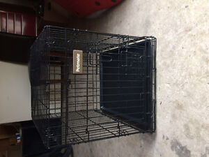 """Petmate dog kennel 24"""" long 18""""wide 21""""high"""