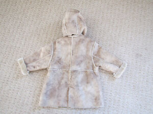 Faux Shearling Coat 18m+ Kitchener / Waterloo Kitchener Area image 2