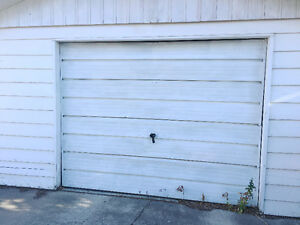 South Side Garage for Rent - Close to College