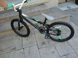 "Mirraco Apprentice 20"" BMX Bike with Rear Stunt Pegs Kitchener / Waterloo Kitchener Area image 5"