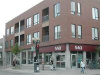 Local Commercial * 2,850 pi ca * (Commercial Space) à louer dans