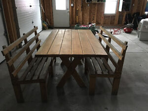 Solid Wood Table and Benches - FOR SALE Gatineau Ottawa / Gatineau Area image 1