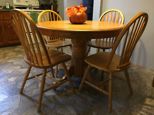 Round pedestal table and 4 chairs St. John's Newfoundland image 2