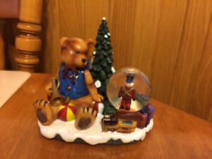 Bear snow globe ornament, Christmas mugs