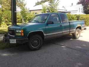1998 GMC Sierra 1500 Extended Cab Pickup Truck