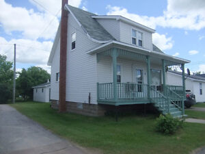 AFFORDABLE HOME IN THE HEART OF ROGERSVILLE!!