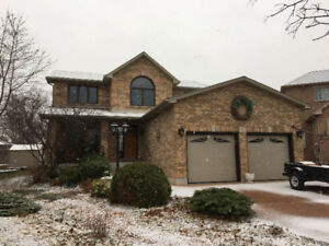 Large Executive Rental Winona - Feb 1st
