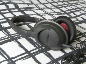 Bose SoundTrue Headphone (discontinued) pick up only