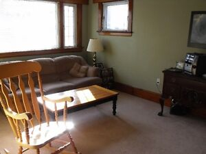 Large - Spacious and Bright - 2 BR or 1 BR+Den ~ Hydrostone Area