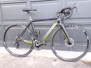 Cyclecross bicycle by Louis Garneau