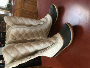 For Sale-Ladies sorrel winter boots