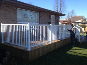 PROFESSIONAL DECK AND FENCE DESIGN AND CONSTRUCTION